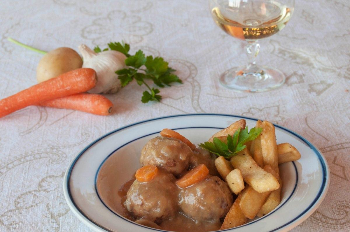 Albóndigas al vino blanco Isabelpuigmarin puredepalabras