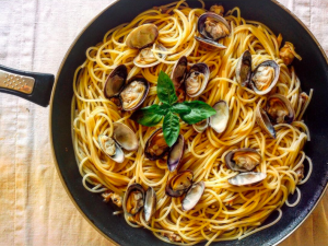 spaghetti alle vongole puredepalabras