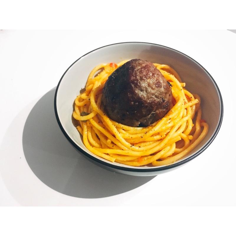 spaghetti con albóndigas puredepalabras
