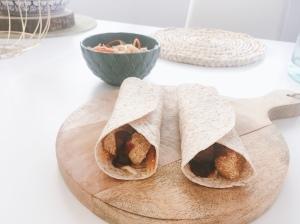 Wrap de tofu con salsa de barbacoa y miel Puredepalabras