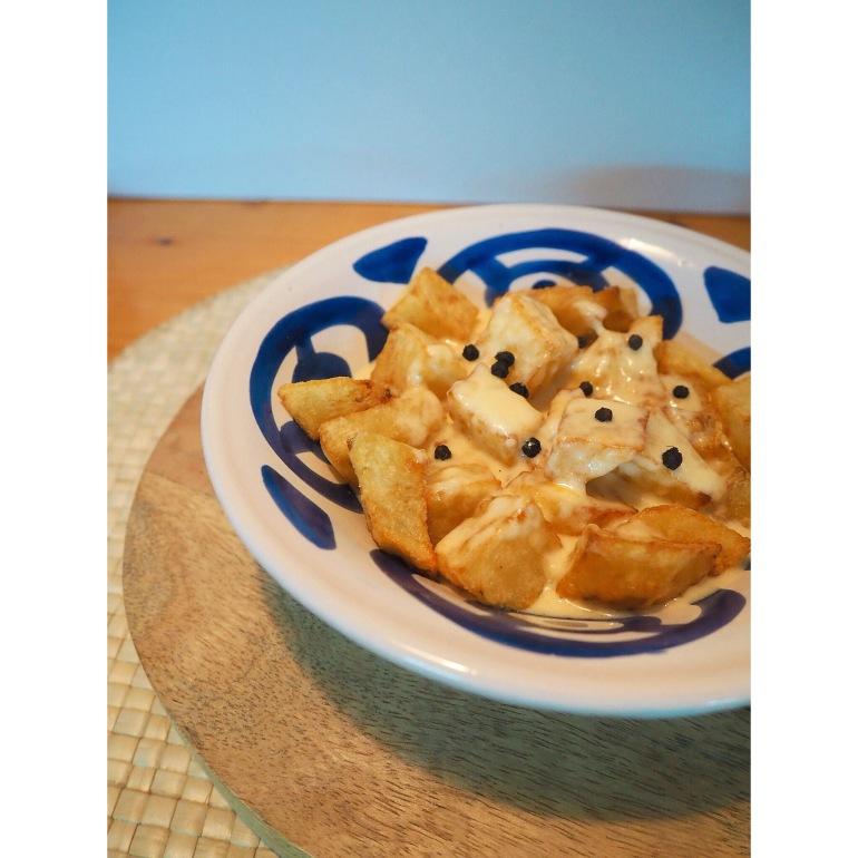 patatas con queso puredepalabras