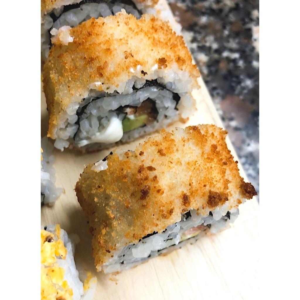 Hot philadelphia sushi. Foto: @puredepalabras