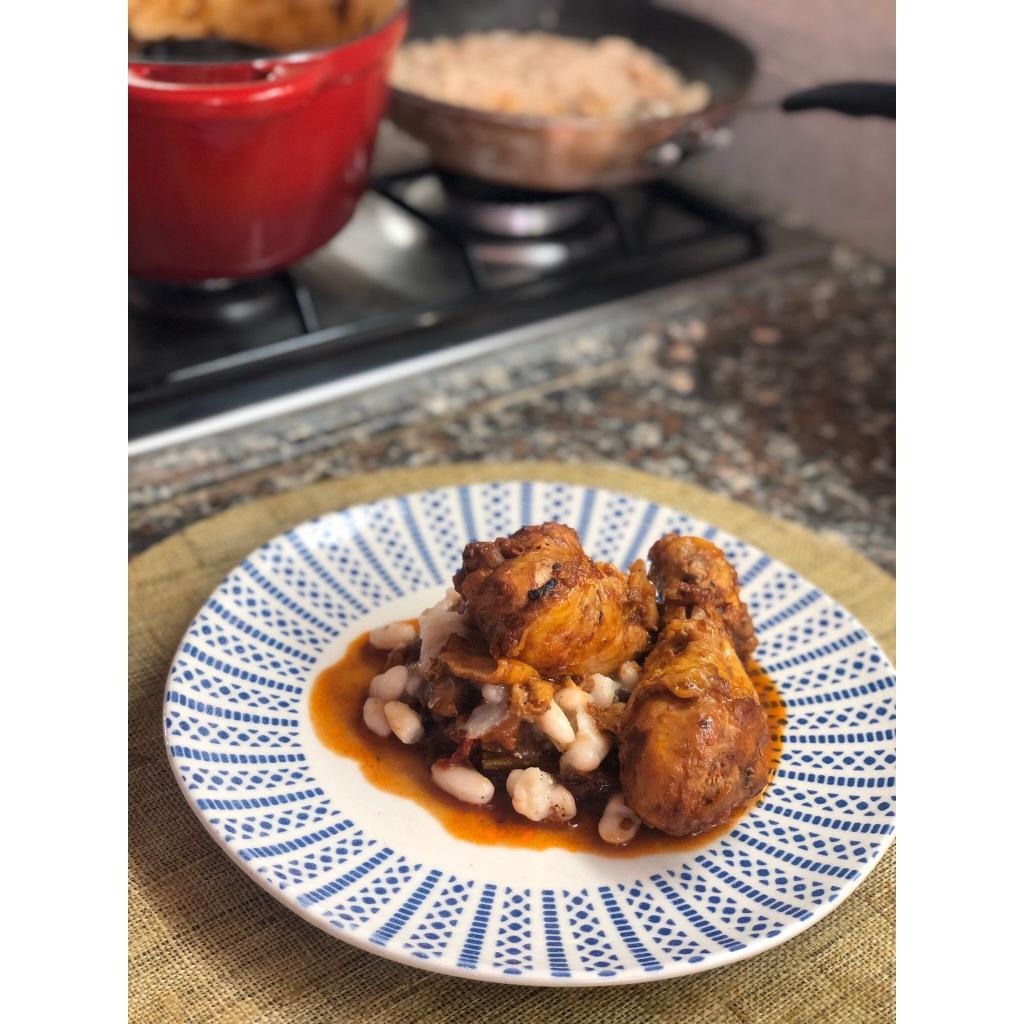Muslos de pollo chup-chup. Foto: @puredepalabras