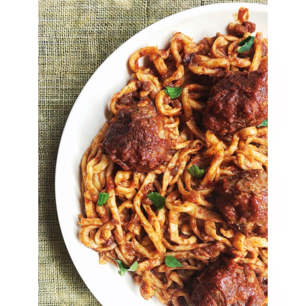 Spaghetti con albóndigas. Foto: @puredepalabras