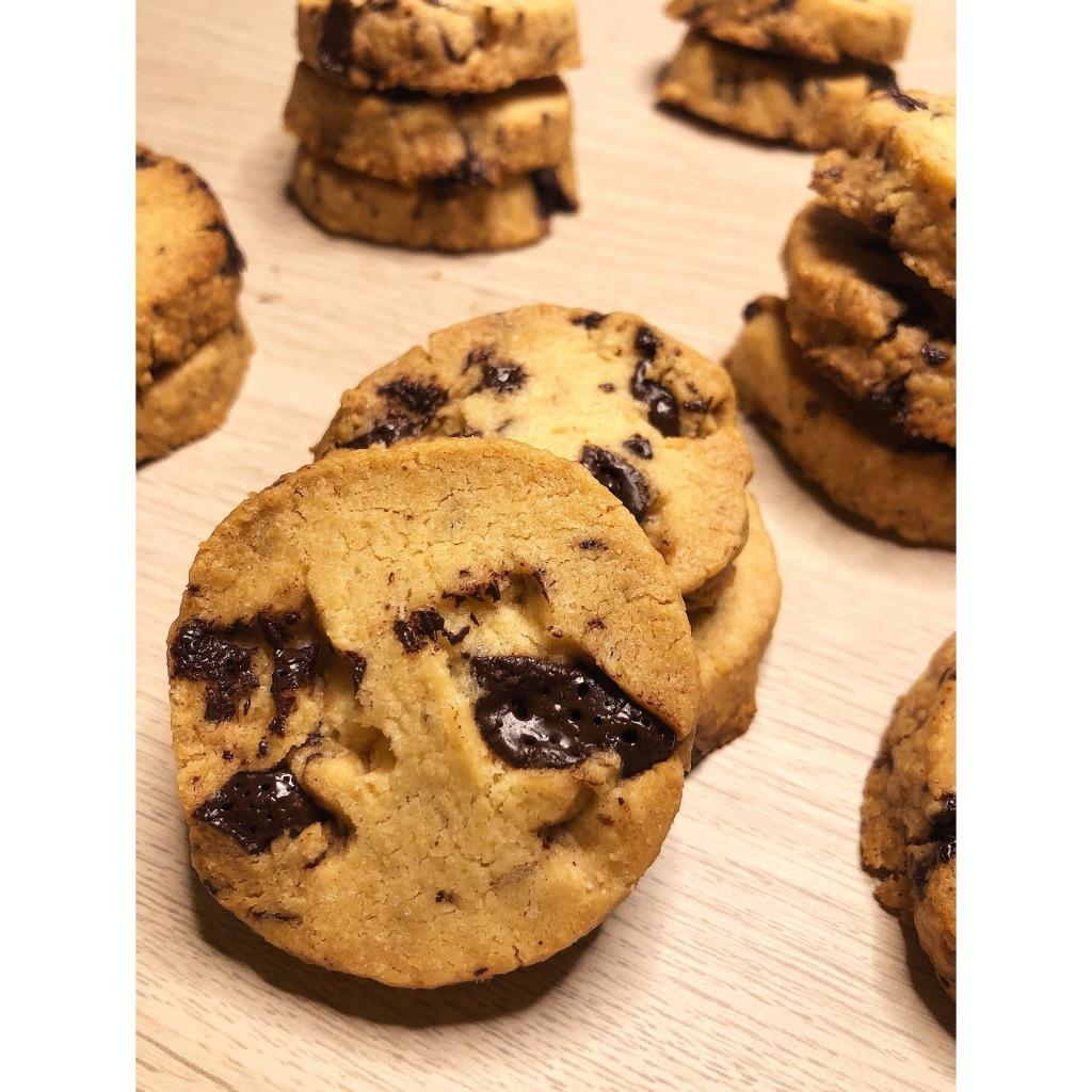 Cookies de mantequilla con pepitas de chocolate negro. Foto: @puredepalabras